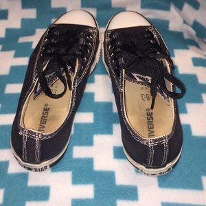 Converse Shoes - Black converse.